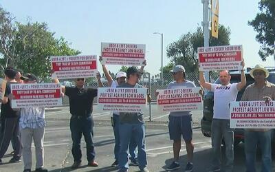 Conductores de Uber y Lyft se unen para protestar y exigir mejores condi...