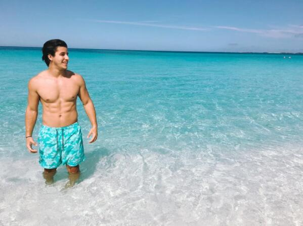Ricky Tavares