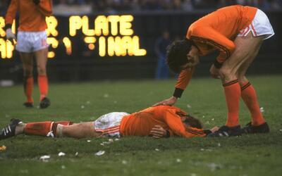 Independiente goleó a Lanús y entró a la pelea por el título gettyimages...
