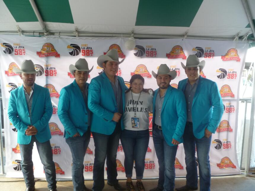 La familia de Univision McAllen en Fiestas Patrias 2016 P1040510.JPG