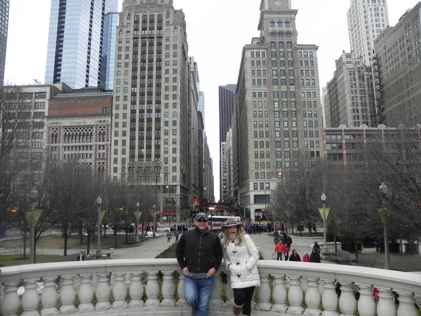 Renzo y Maria Esther visitaron la ciudad y suburbios de Chicago DSCN7432...