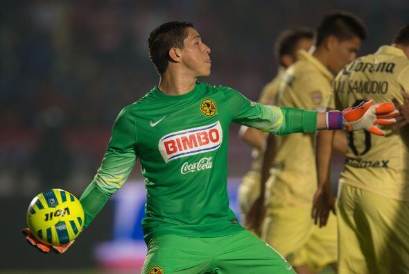 Hugo González, el guardameta defendió la portería del América en 4 parti...