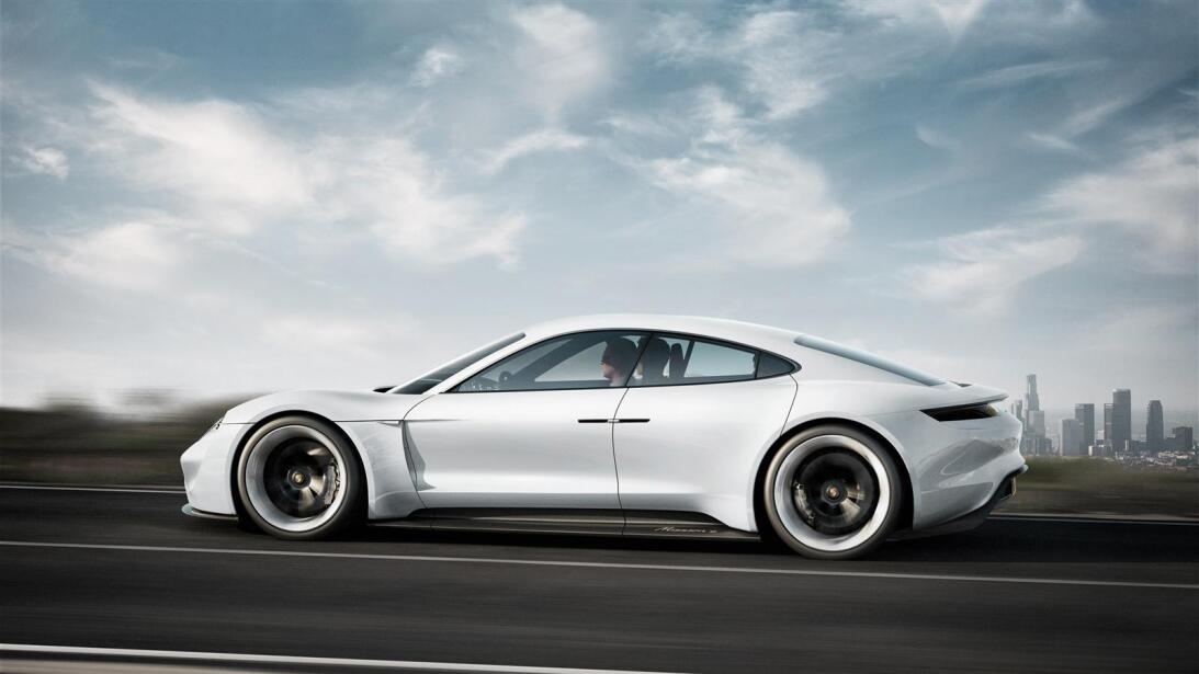 Los secretos del Mission E, el 'mata-Tesla' de Porsche porsche-zoom-6.jpg