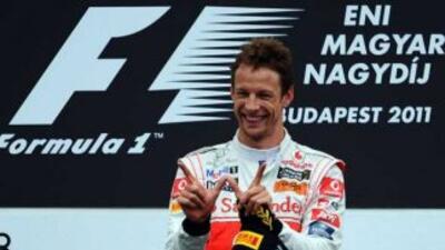 Button celebró doscientos Grandes Premios con una victoria en Hungría.