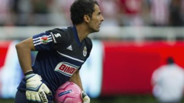 El portero mexicano Luis Ernesto Michel debutó con el Saprissa en un opa...