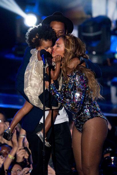 Besos, muestras de cariño y muchos sentimientos, hicieron que 'Bey' se p...