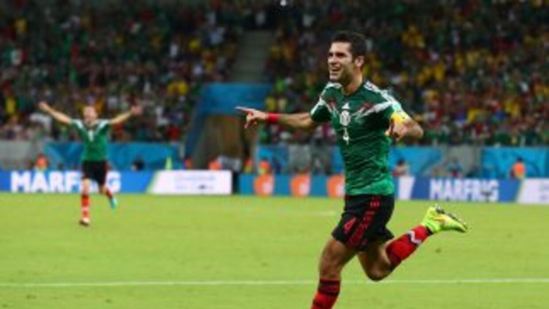 Rafa Márquez parece vivir una segunda juventud.