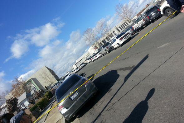 El tiroteo fue reportado poco después de las 9 a.m.
