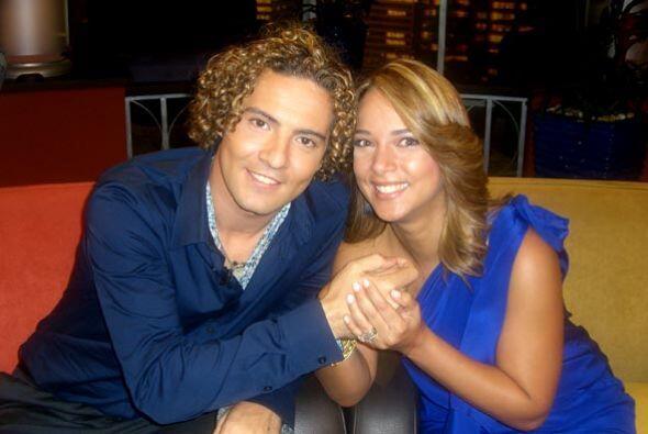 La actriz pasó divertidos momentos con el cantante español David Bisbal.