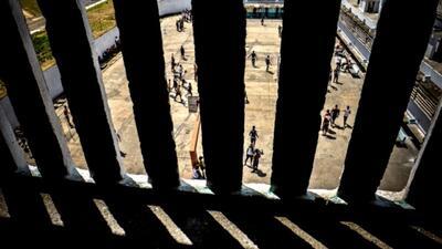 Indultan a más de 3,500 presos en Cuba previo a la visita del papa Franc...