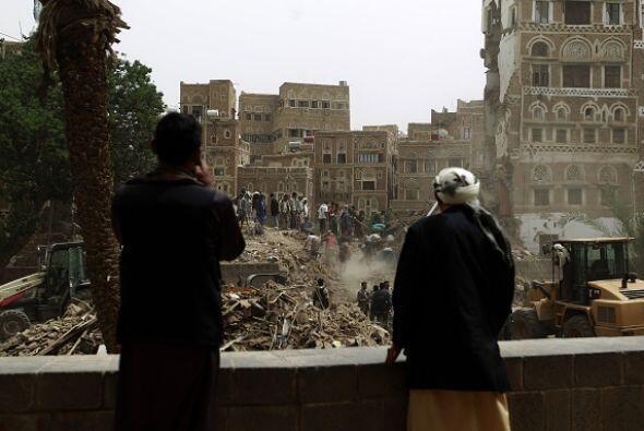 Entre los edificios destruidos figura el magnífico complejo de casas tra...