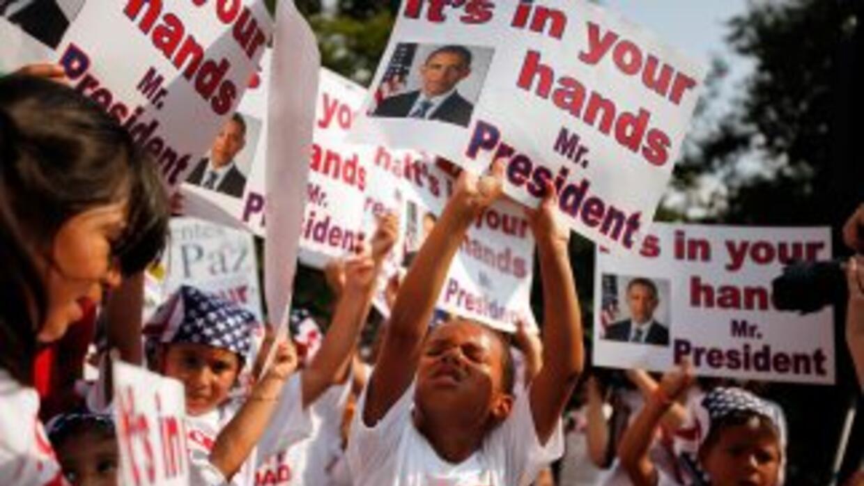 Niños estadounidenses hijos de indocumentados le piden al Presidente Bar...