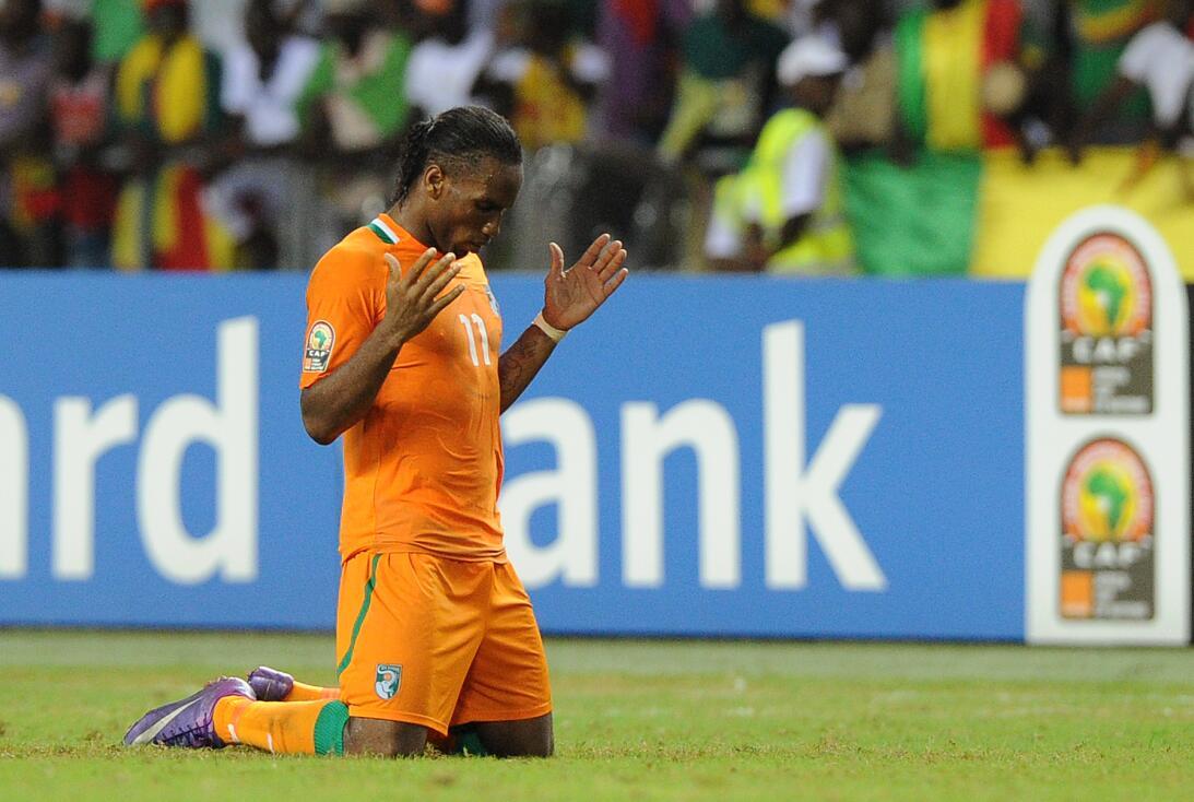 Didier Drogba (Costa de Marfil) - el delantero no solo ha sido héroe en...