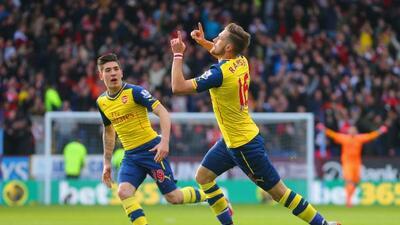 El volante galés marcó el único gol del partido para dar el triunfo a lo...