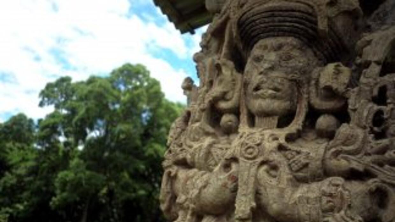 """La cuenta atrás del último año del calendario solar maya de """"cuenta larg..."""