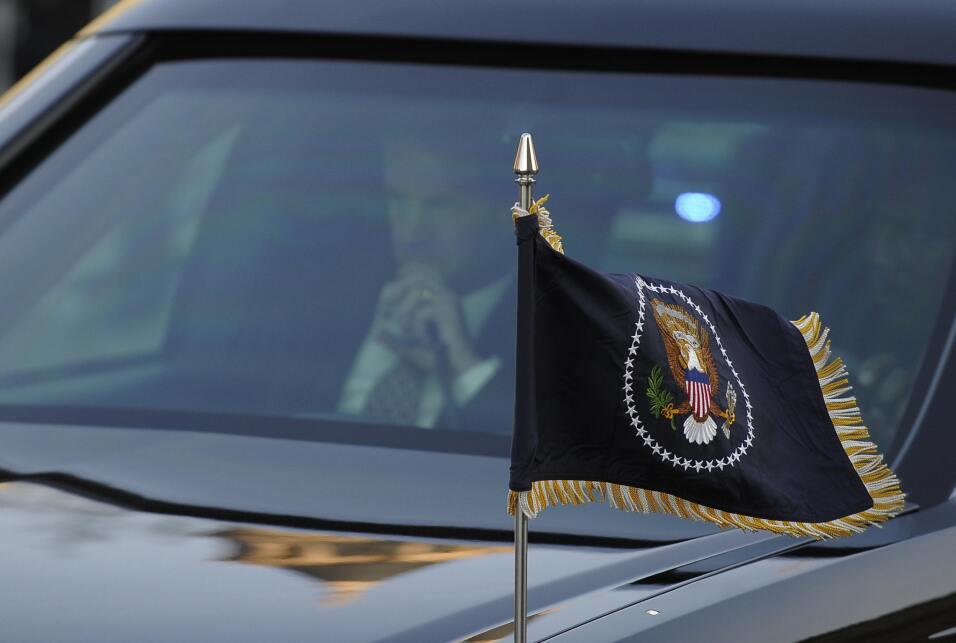 Donald Trump inaugurará una nueva limusina presidencial GettyImages-8437...