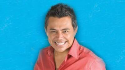 Escucha todos los días a Raúl Brindis, ahora transmitiendo de costa a co...
