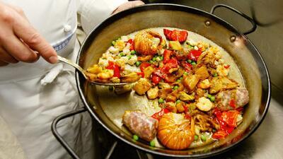 Deliciosos platillos españoles para compartir con amigos y familia durante el Mundial