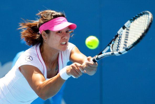 Li Na dejó fuera a Lucie Safarova y quiere cconsagrarse en Sydney.