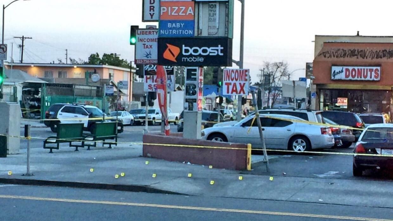 Escena del tiroteo en la intersección de 60 y Western.