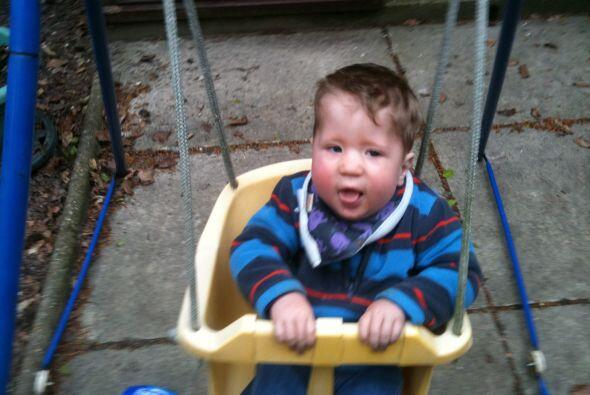 Joshua Burdall heredó distrofia miotónica congénita de su madre.