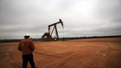 Isaac Cohen: Por debajo de $40 GettyImages-Oli-Production-Texas.jpg