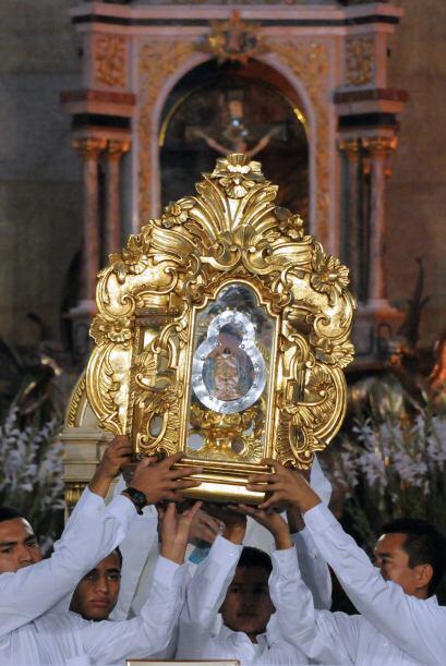 Miles de peregrinos conmemoraron el jueves el 264 aniversario del hallaz...