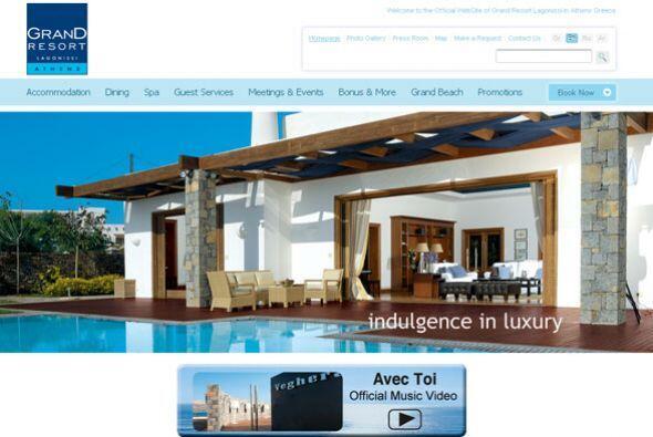 2. GRAND RESORT LAGONISSI- Ubicado en territorio griego, este hotel cuen...