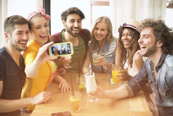 ¿Por qué no desconectar tu móvil de la red antes de beber? Podrás apreta...