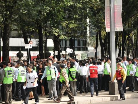 Millones de habitantes de la Ciudad de México participaron en un...