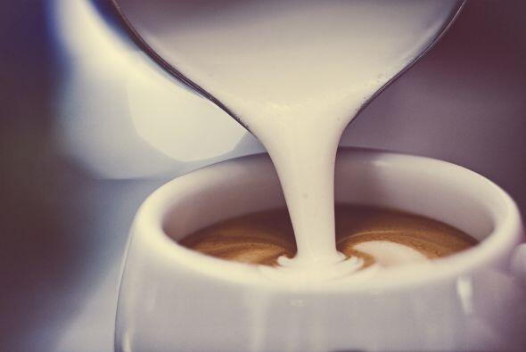Toque distintivo. Olvídate del 'latte' tradicional. Añádele una medida d...