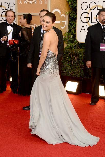 Mila Kunis se enfundó en un vestido de Gucci. Simplemente nos fascinó ve...