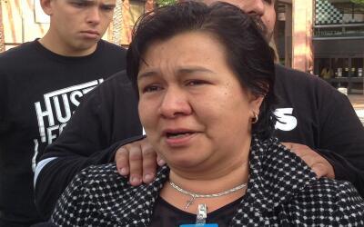 Sandra López, madre del marine Carlos Segovia, asesinado en Los Ángeles.