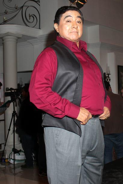 Osvaldo Benavides le dará su tono cómico.