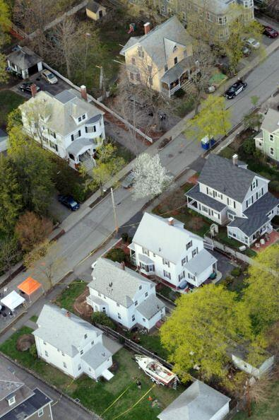 Frente a la casa de Dave Henneberry, sobre la calle Franklin ubicada en...