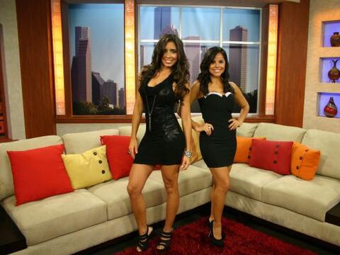 Llegaron a Vive la Mañana las dos guapas finalistas a Chica Tecat...