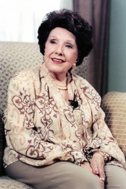 La primera actriz Libertad Lamarque también falleció mient...