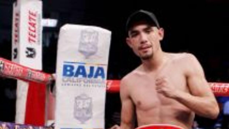 Mendoza contra Fuentes en pelea sin título de por medio (Foto: Zanfer).