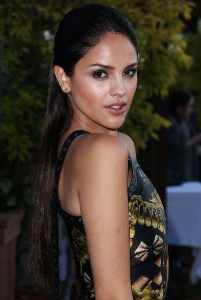 Es guapa y talentosa, y ha tenido mucho éxito en Hollywood.Mira a...