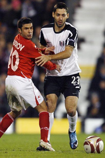 Clint Dempsey llegó al Fulham en el 2007 tras debutar como profes...