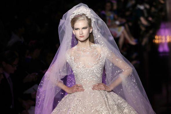 Pero si tu eres una novia que ha soñado con un vestido de princesa desde...