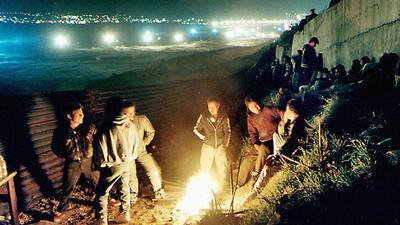 Los testarudos de la frontera: trés décadas desafiando al muro (fotos)