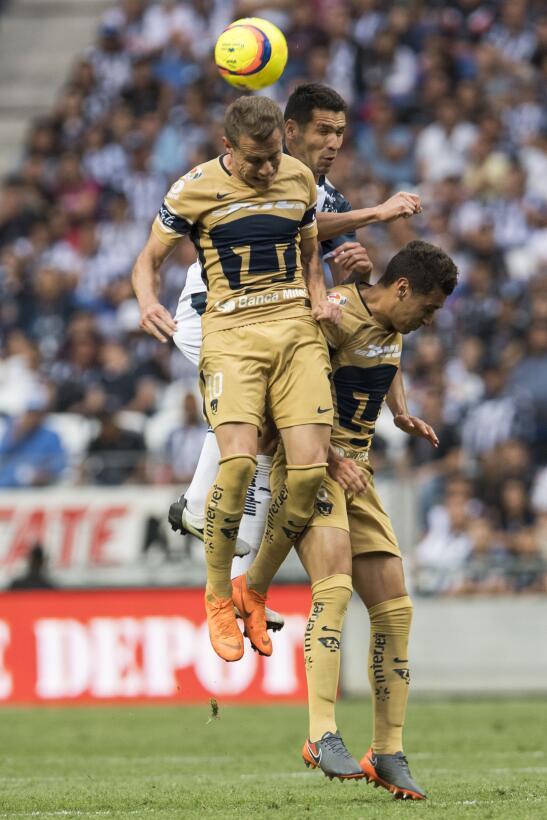 En fotos: Pumas en caída libre y Monterrey le da la vuelta 20180407-1577...