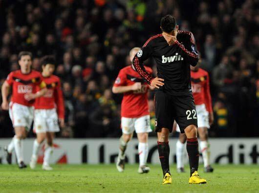 Al final el AC Milan se despidió de Europa con goleada de 4-0 y Manchest...