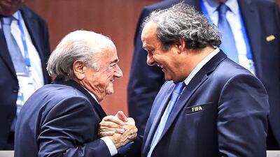Suiza abre investigación criminal a Sepp Blatter, Platini bajo sospecha