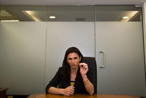 Ana Gabriela Guevara detenía a México cuando corría en los 400 metros pl...