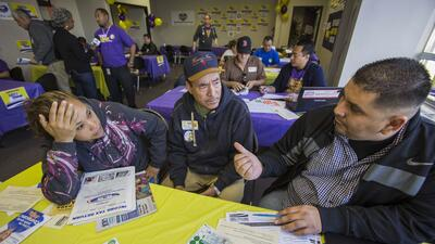 El gobierno de Obama promovió la participación de los latinos en el ACA,...