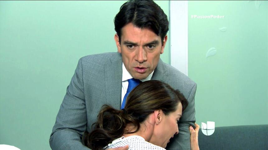 ¡Julia y Arturo se pusieron muy románticos! 8C54B23928844209BE41F896F064...