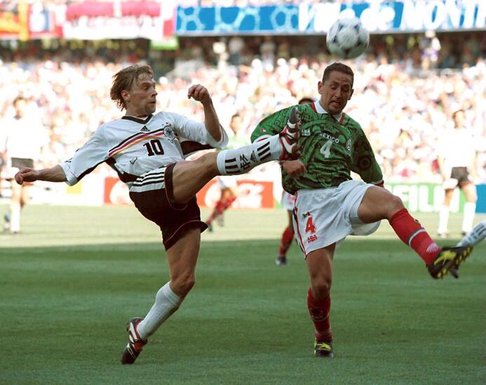 Si Raúl Rodrigo Lara no hubiera fallado en Francia 1998 19990222_280.jpg
