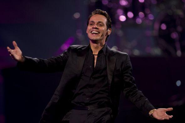 El público le gritaba Idolo, Idolo, Idolo, al final de su presentación s...